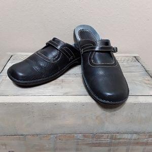 Black Leather CLARKS Artisan slip on